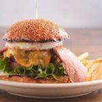 メロンパンバーガーはどこで食べれるの?美味しいのか、まずいのか口コミは?